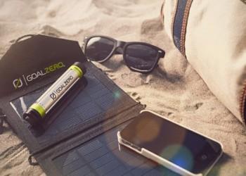caricabatterie-solare-goalzero